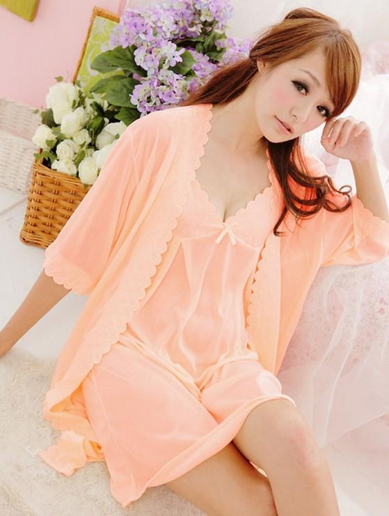 Bô đôi đồ ngủ sexy và áo choàng DN147- màu hồng phấn