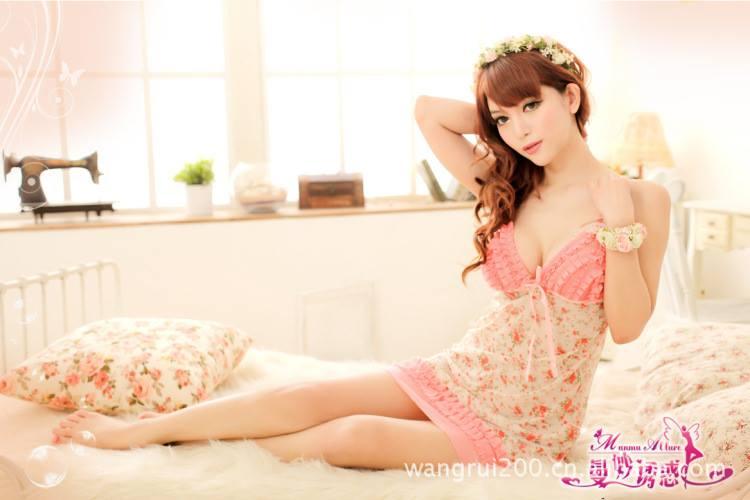 Đầm ngủ hoa gợi cảm DN166