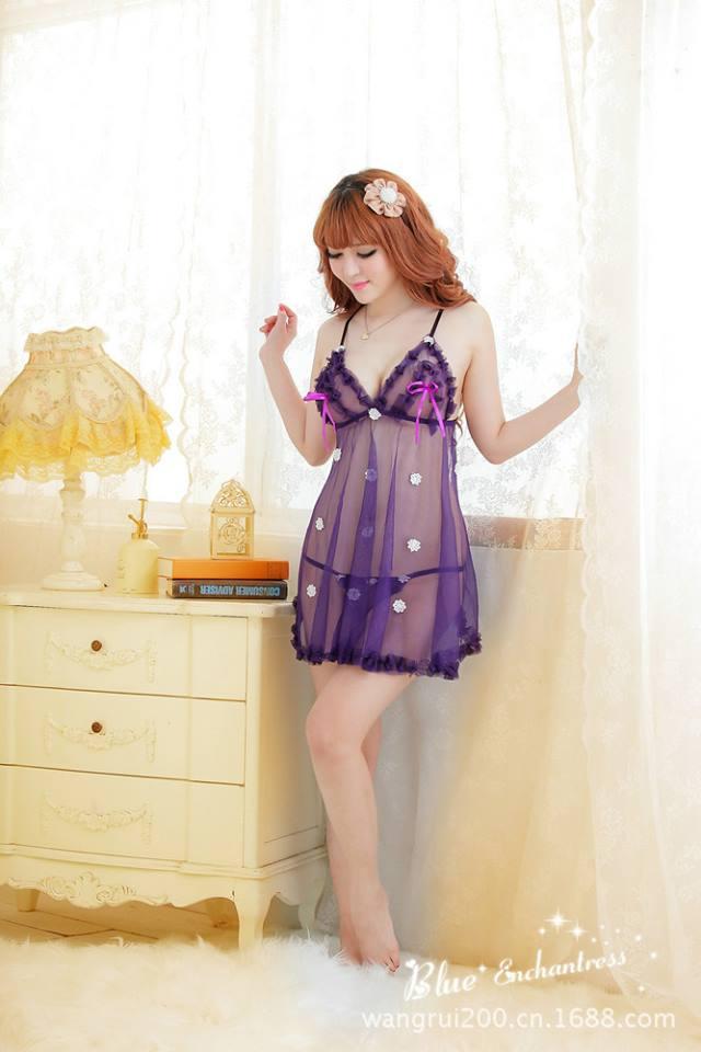 Đầm ngủ sexy màu tím sẻ lưng DN263