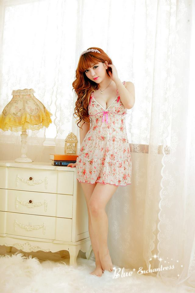 Đầm ngủ hoa dễ thương DN267