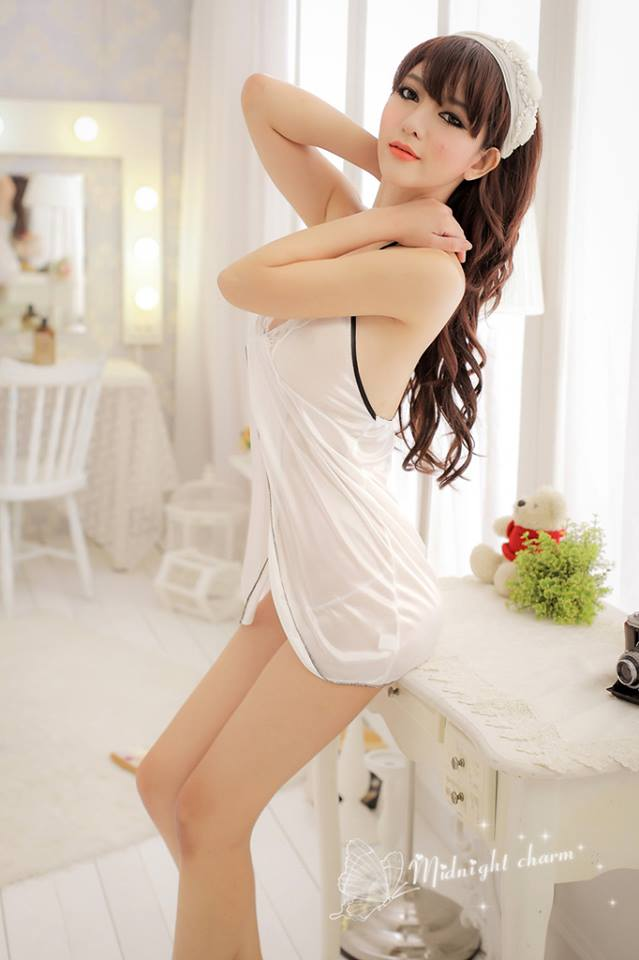 Đầm ngủ sexy màu trắng DN59