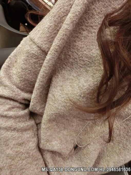Áo len long cừu cổ chữ V QA138- màu cafe