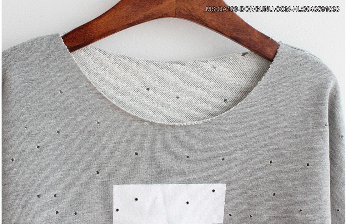 Áo thun dài tay chữ A đục lỗ QA130-trắng