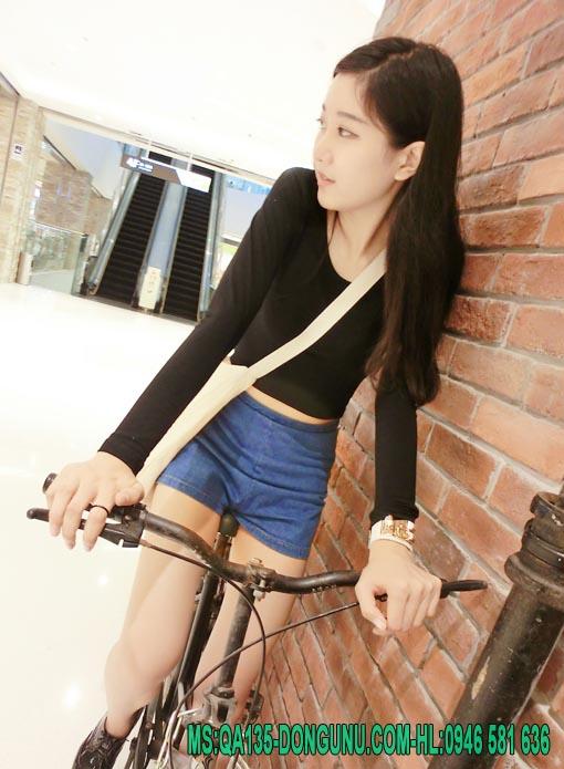 Áo croptop dài tay body QA135-đen